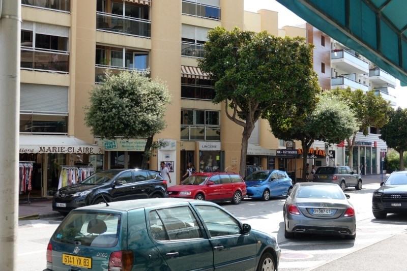 Vente boutique Cavalaire sur mer 280000€ - Photo 5