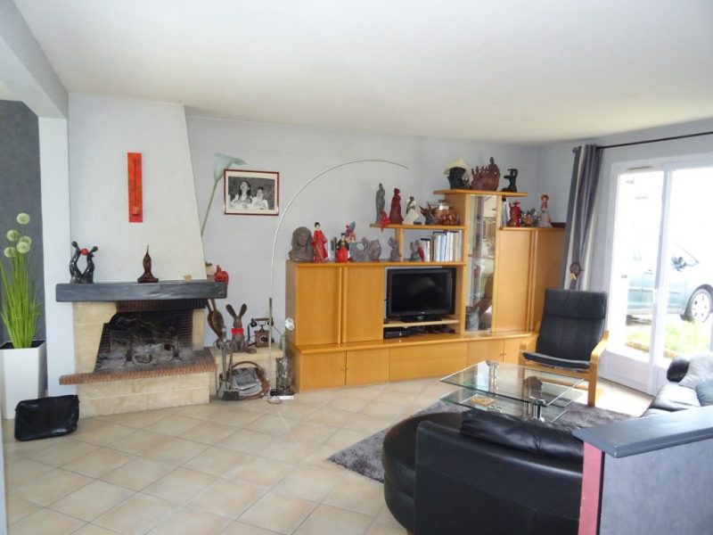 Maison Montreuil Juigne 5 pièce(s) 128 m2