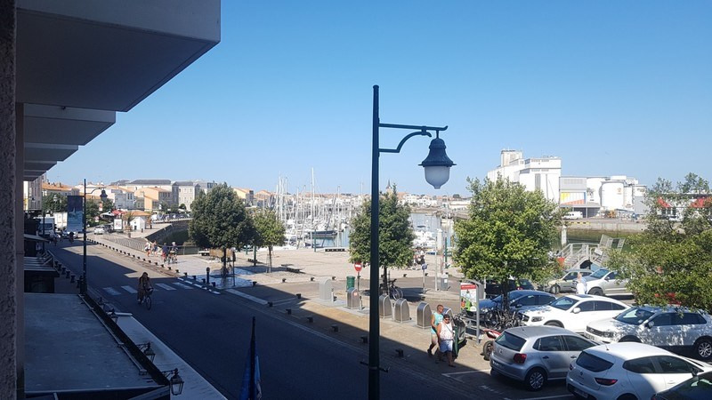 Sale apartment Les sables-d'olonne 134 375€ - Picture 1