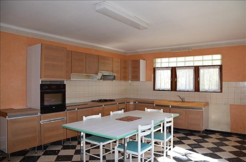 Sale house / villa Ruoms 201400€ - Picture 3
