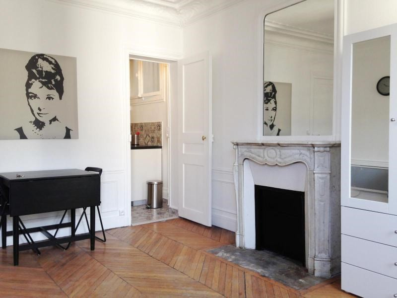Location appartement Paris 5ème 1130€ CC - Photo 2
