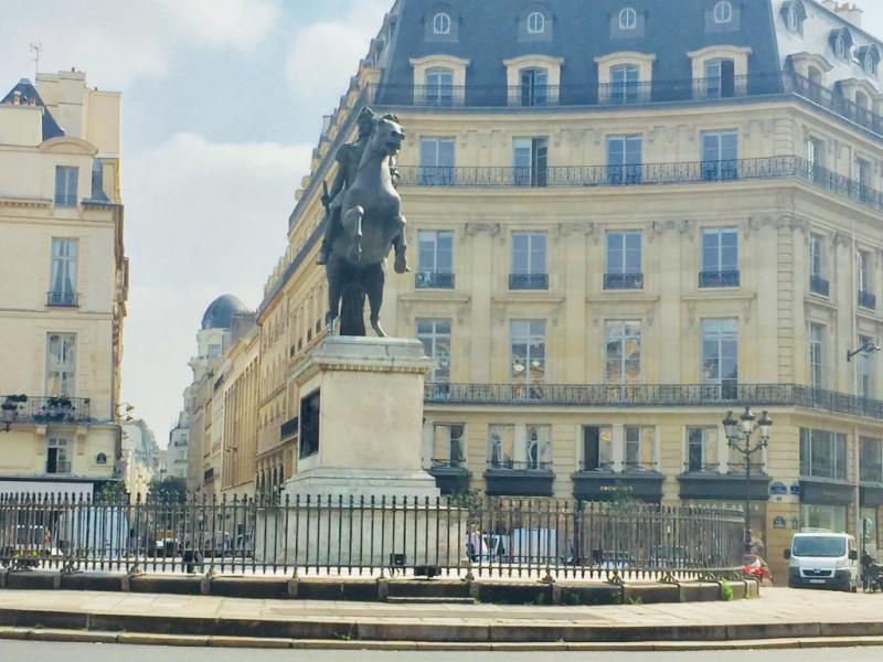 Sale apartment Paris 2ème 875000€ - Picture 10