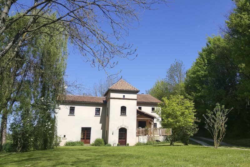 Vente maison / villa Ruffec 288750€ - Photo 1