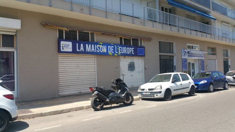 Vente bureau Ajaccio 140 000€ - Photo 1