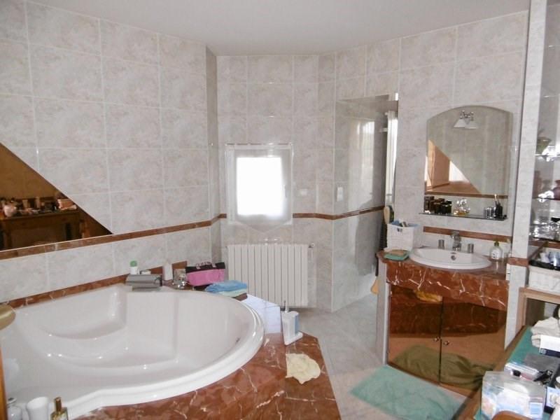 Sale house / villa St chamond 450000€ - Picture 4