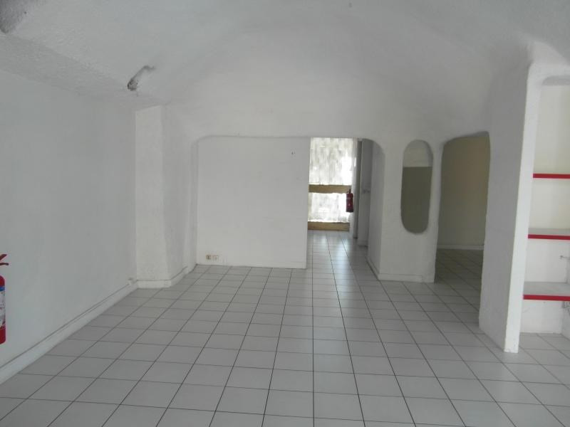 Location local commercial St denis 1 732€ HT/HC - Photo 3