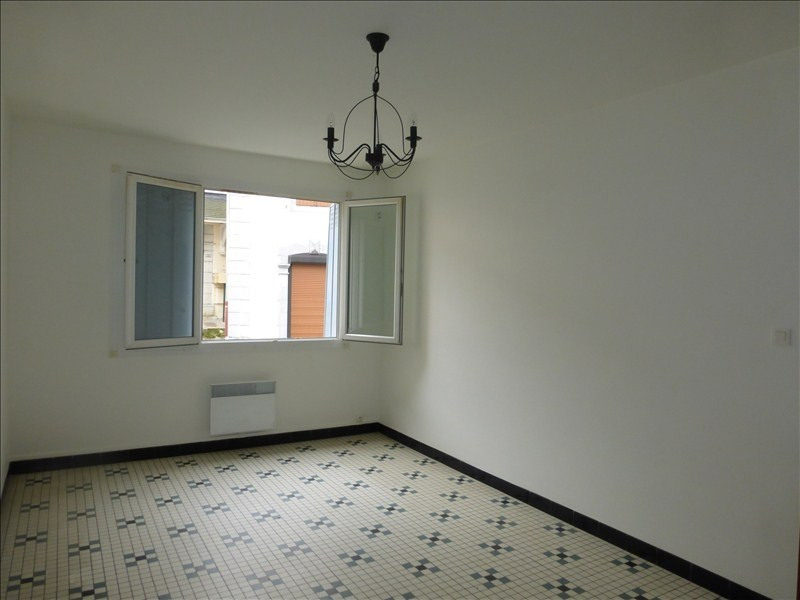 Rental apartment Arudy 550€ CC - Picture 1