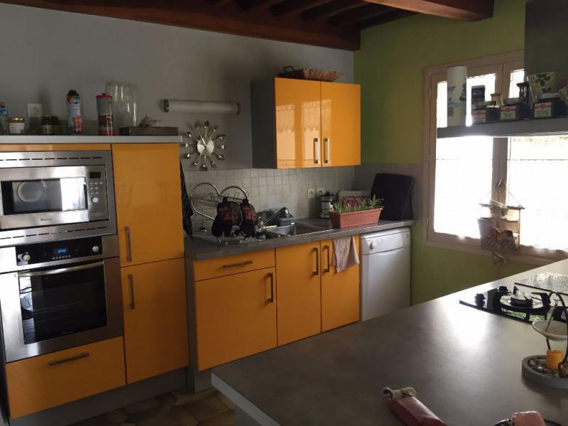 Location maison / villa Sardieu 900€ CC - Photo 3