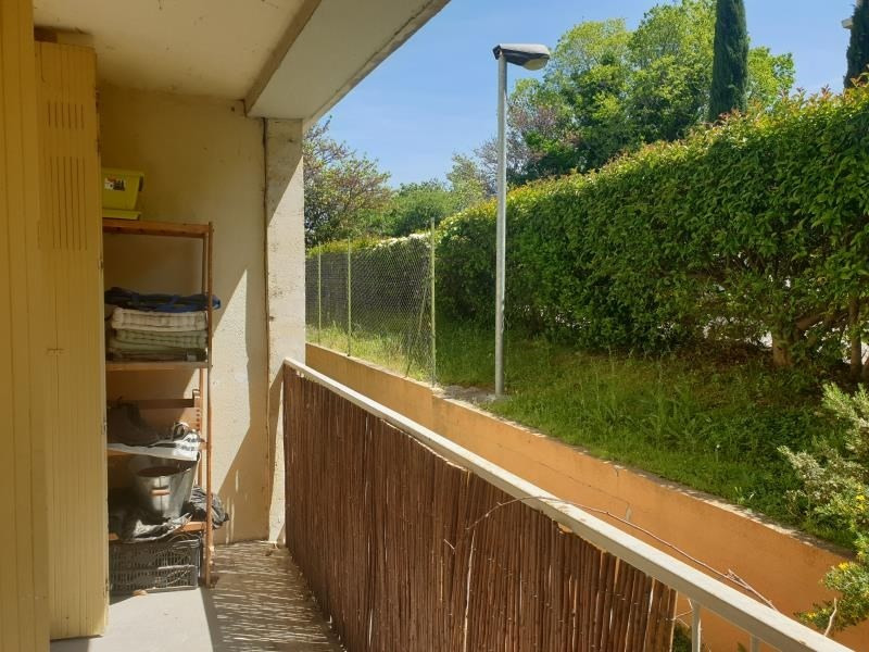 Rental apartment Aix en provence 895€ CC - Picture 1