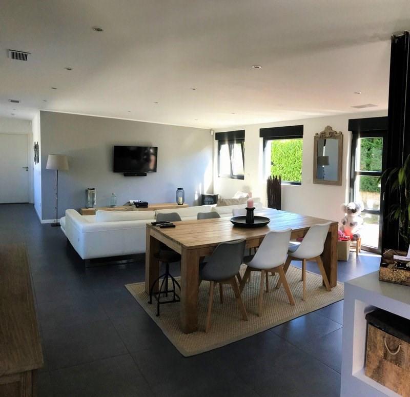 Deluxe sale house / villa Tassin la demi lune 559000€ - Picture 2
