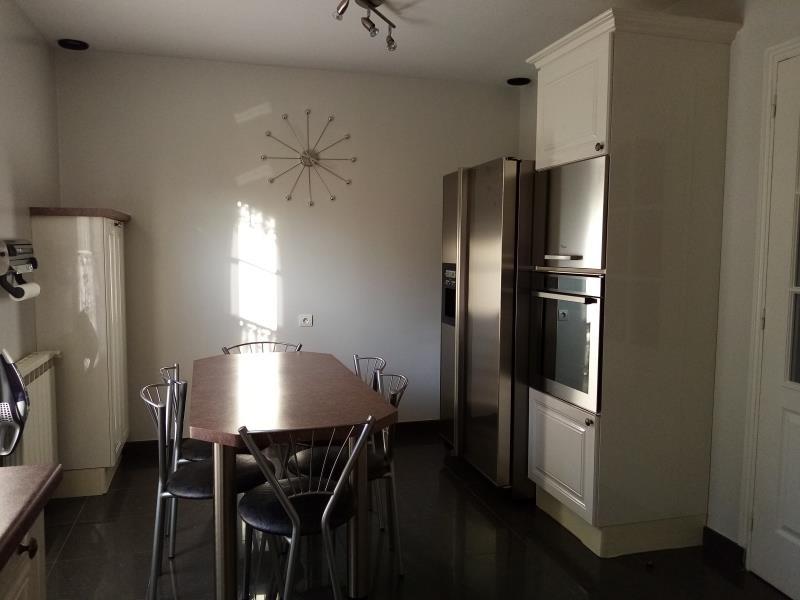 Sale house / villa Forges les bains 680000€ - Picture 7