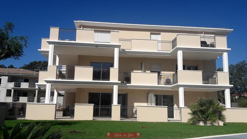 Deluxe sale apartment Bormes les mimosas 308000€ - Picture 4