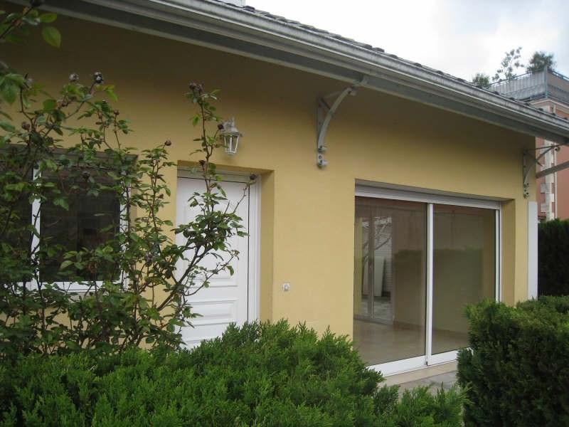 Location maison / villa Ares 875€ CC - Photo 1