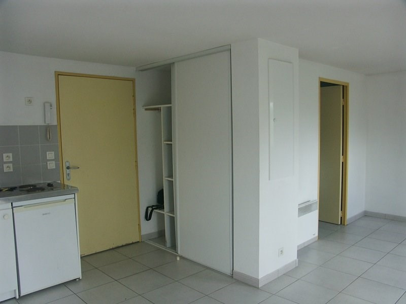 Rental apartment Tarbes 382€ CC - Picture 1