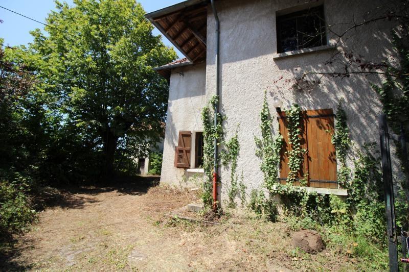 Vente maison / villa La tour du pin 179900€ - Photo 9