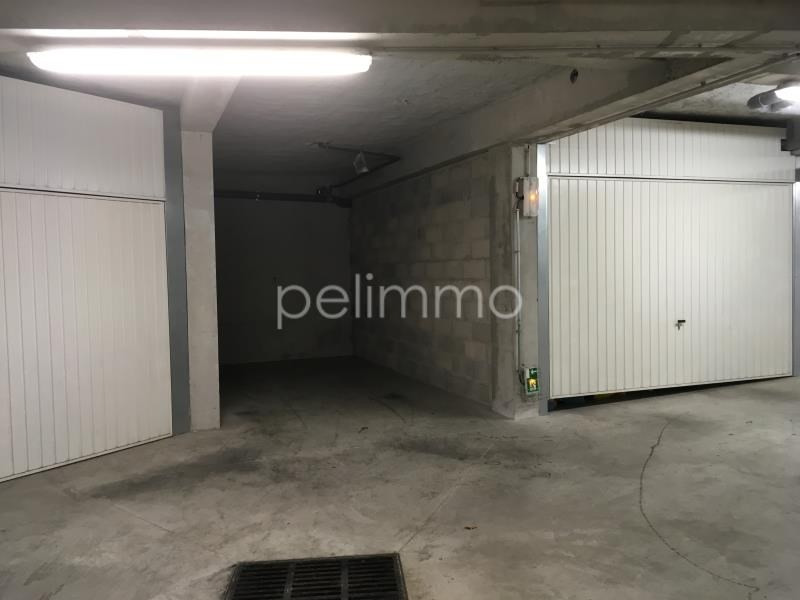 Rental parking spaces Pelissanne 70€ CC - Picture 3