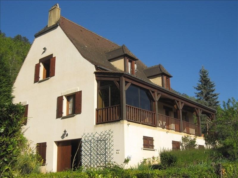 Sale house / villa Bezenac 199000€ - Picture 1