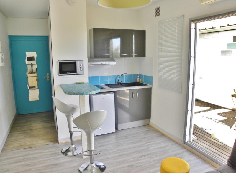 Vacation rental apartment La saline les bains 460€ - Picture 2