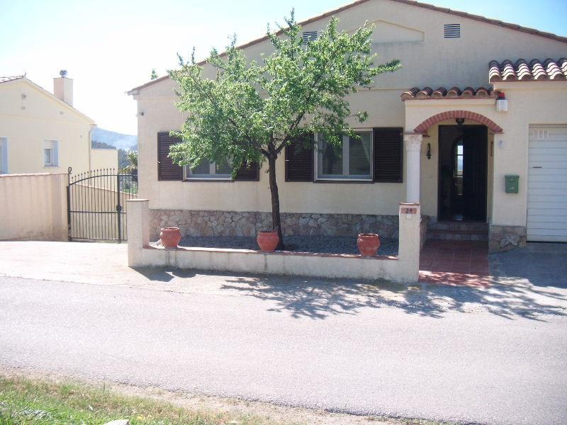 Vente maison / villa Roses mas fumats 630000€ - Photo 2