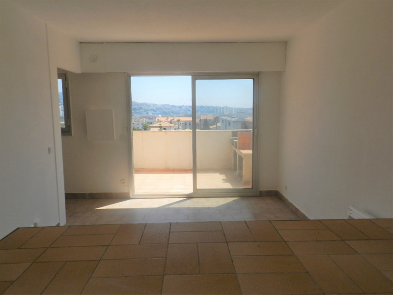 Vente appartement Saint laurent du var 157 000€ - Photo 2