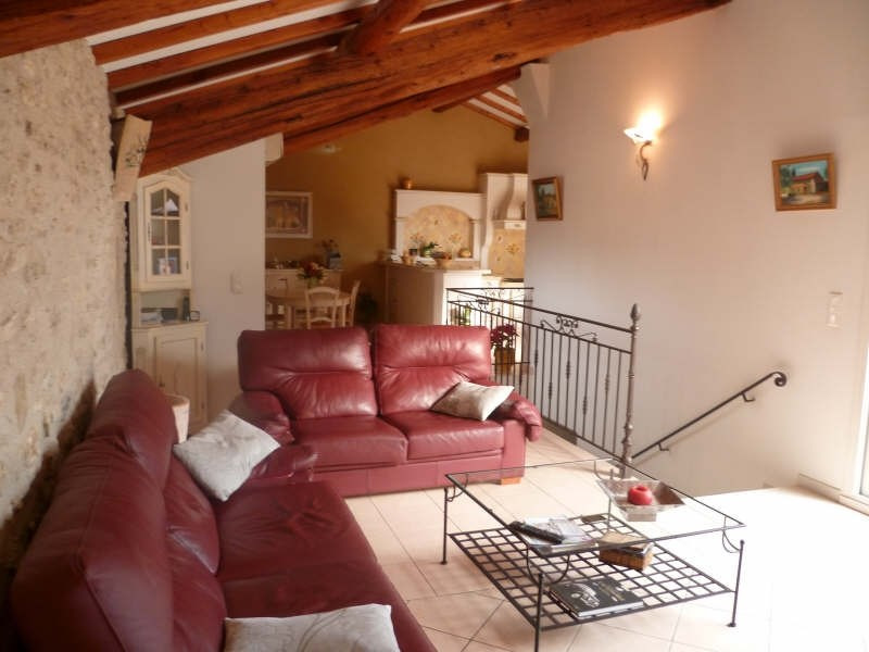 Vente maison / villa Eyguieres 395000€ - Photo 2