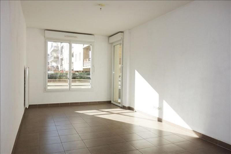 Locação apartamento Seyne sur mer 685€ CC - Fotografia 1