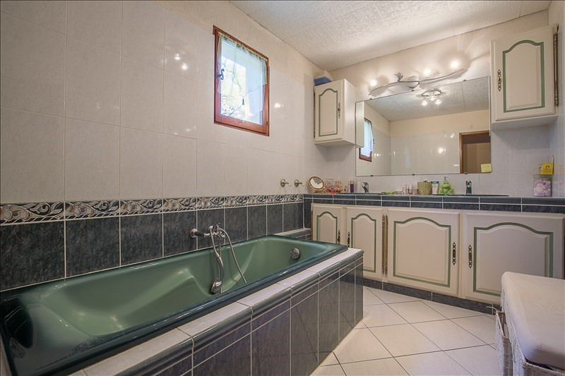 Vente de prestige maison / villa Aix en provence 680000€ - Photo 7