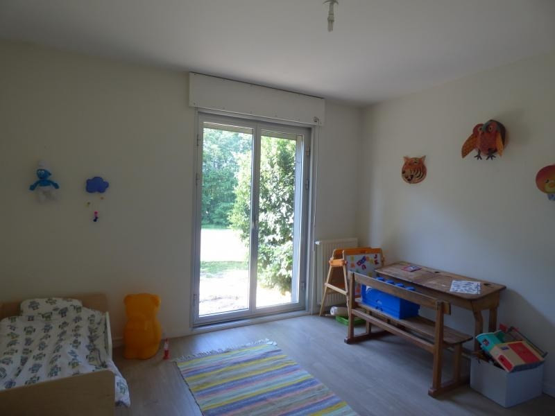 Rental house / villa Ecully 2595€ CC - Picture 9