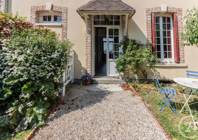 Revenda residencial de prestígio casa Villerville 735000€ - Fotografia 2