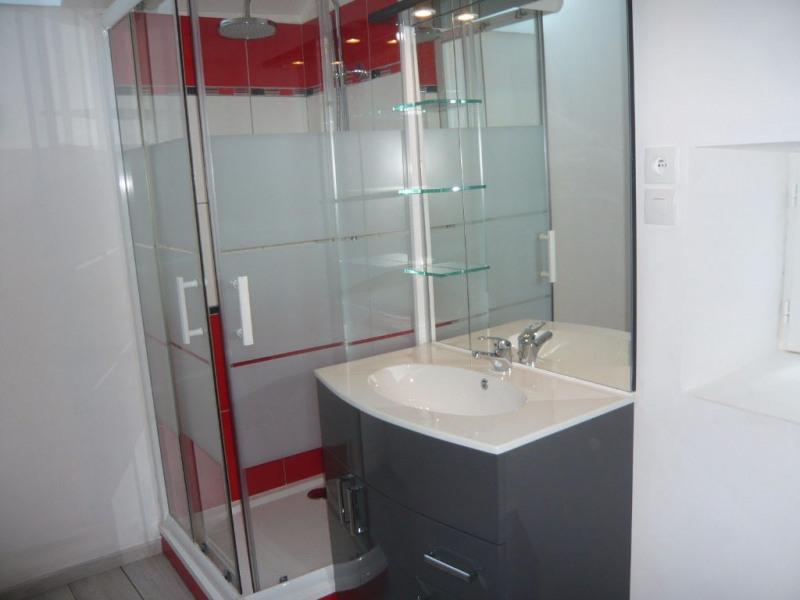 Sale house / villa Saulges 133400€ - Picture 4
