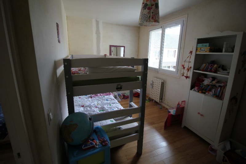 Sale house / villa Conflans sainte honorine 169600€ - Picture 4
