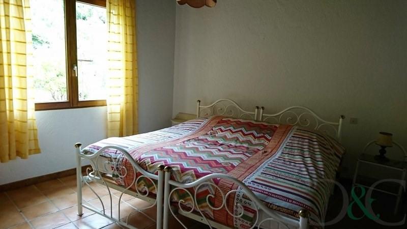 Investment property house / villa Le lavandou 890000€ - Picture 8