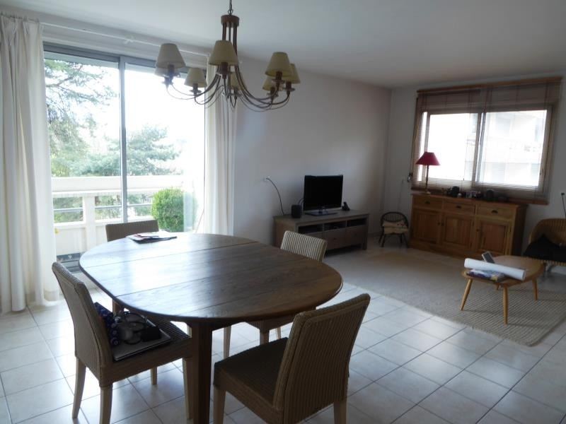 Sale apartment Ste foy les lyon 199000€ - Picture 1