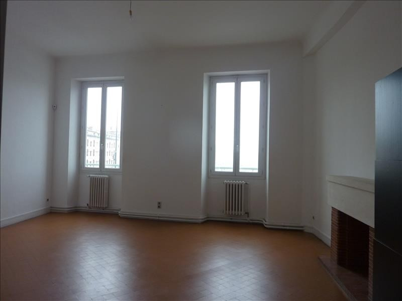 Location appartement Marseille 1er 1 240€ CC - Photo 2