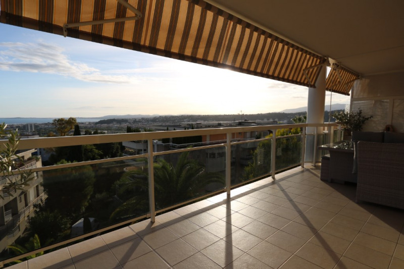 Verkoop  appartement Nice 419000€ - Foto 1