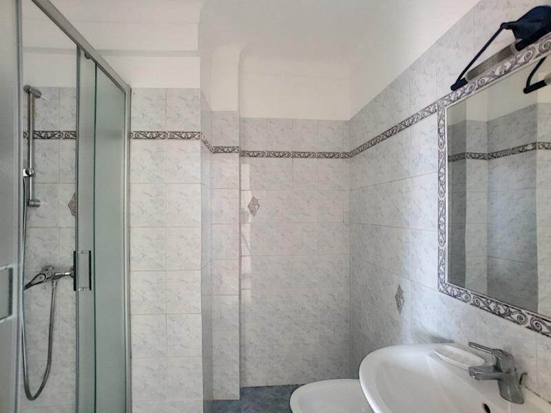 Location appartement Menton 951€ CC - Photo 6