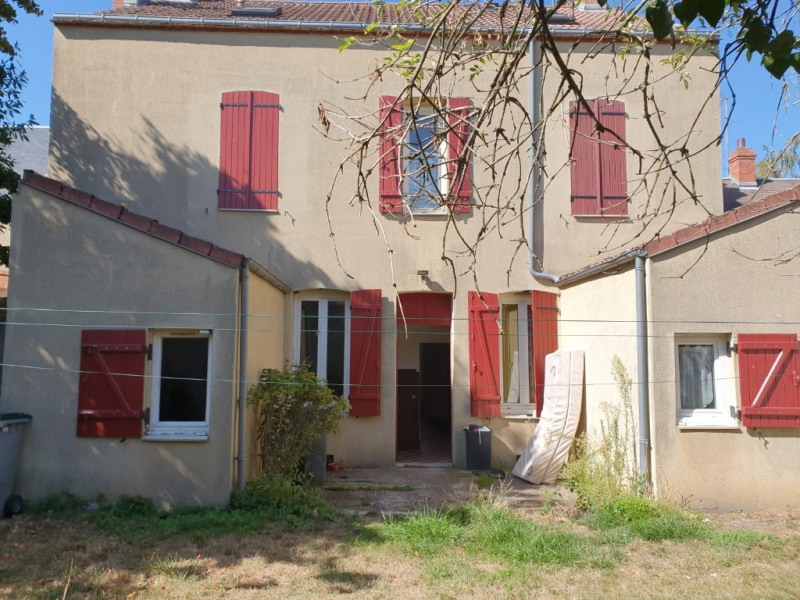 Investment property building Montargis 325000€ - Picture 1