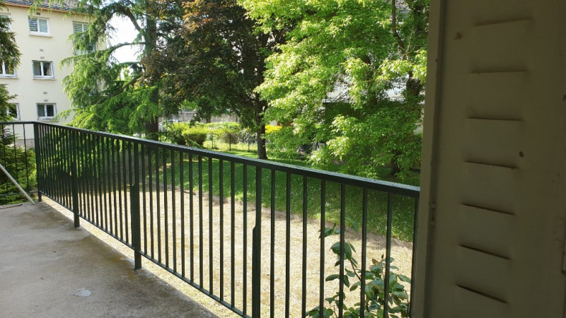 Rental apartment Montfort-l'amaury 1280€ CC - Picture 4