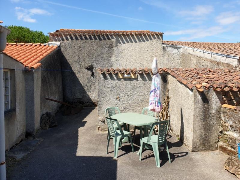 Vente maison / villa Landeronde 99200€ - Photo 4