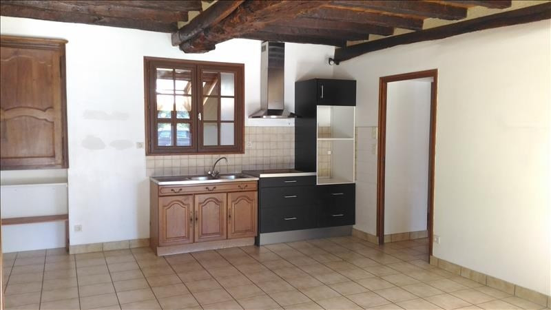 Rental house / villa Brie 780€ CC - Picture 3