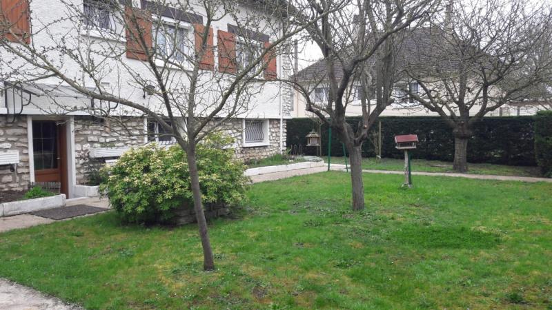 Sale house / villa Ivry la bataille 242000€ - Picture 15