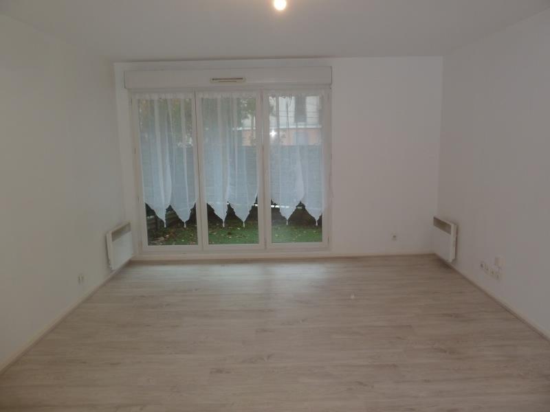 Rental apartment Cergy 774€ CC - Picture 3