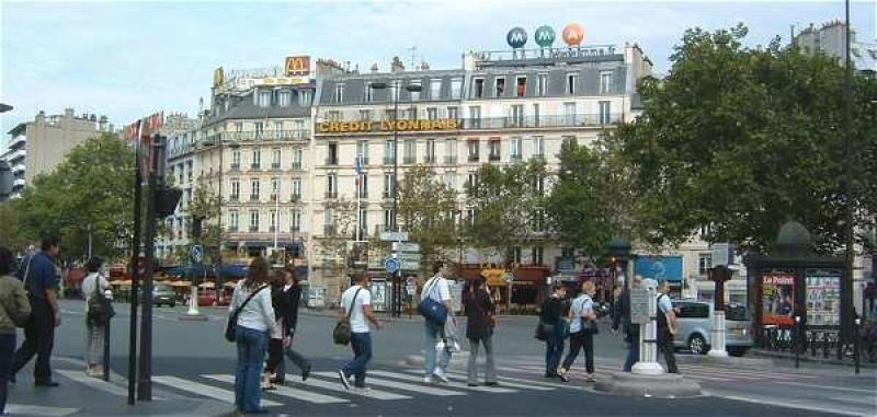 Commercial property sale shop Paris 6ème 77000€ - Picture 1