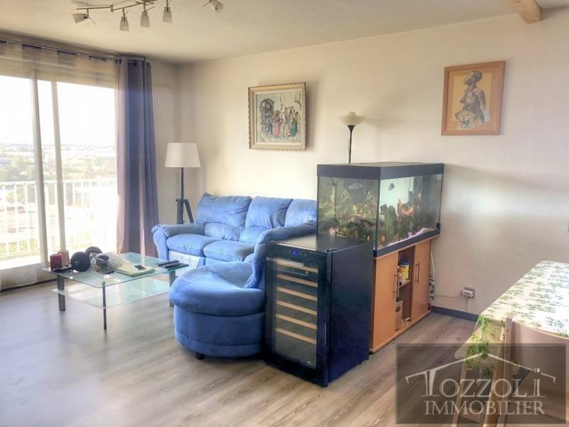 Sale apartment La verpilliere 112000€ - Picture 2