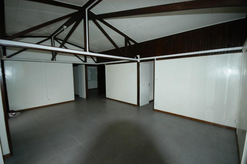 Rental house / villa Le tampon 750€ CC - Picture 3