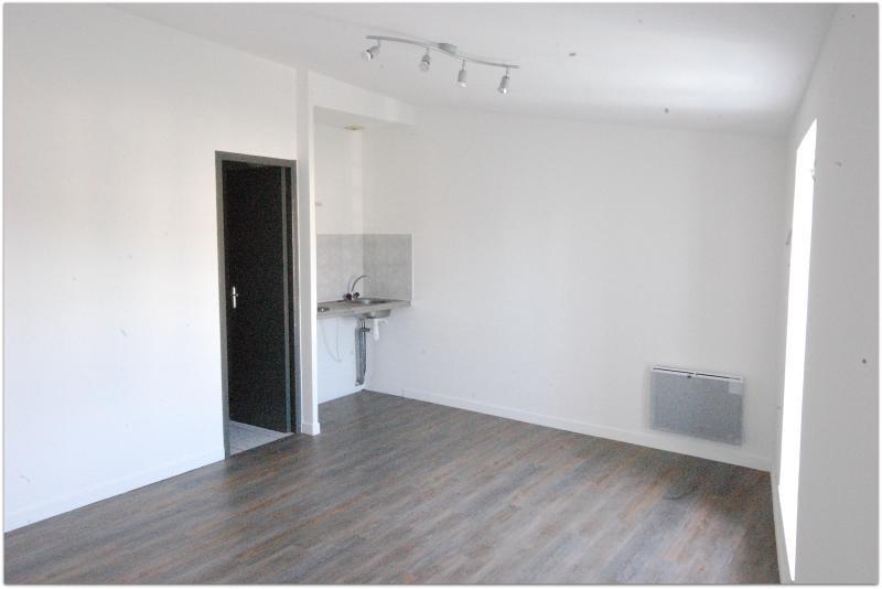 Sale apartment Marans 75000€ - Picture 2