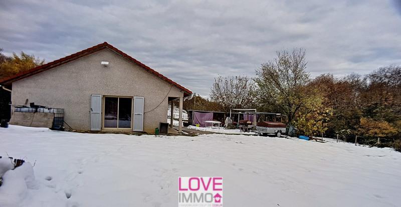 Vente maison / villa Les abrets 296800€ - Photo 8