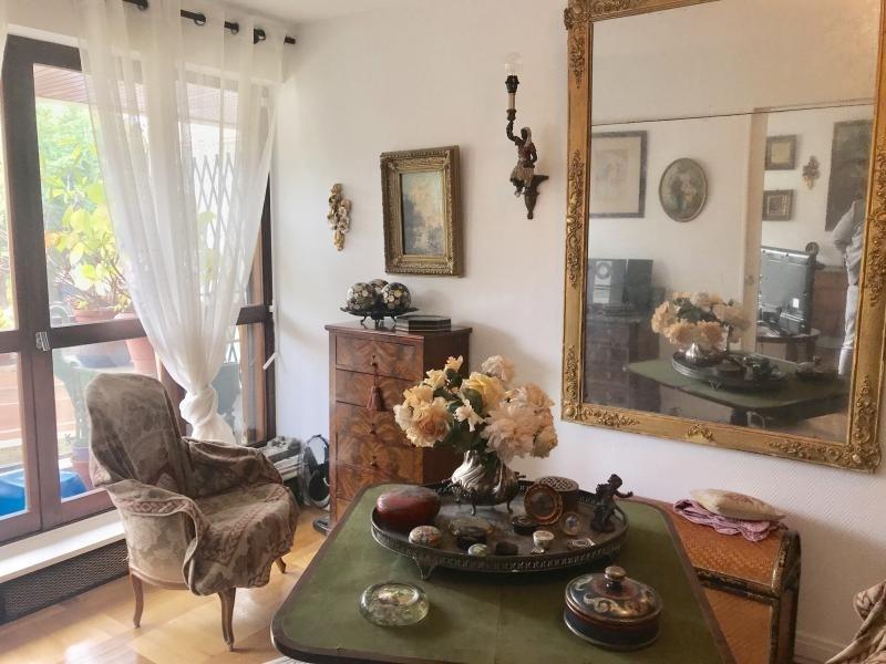 Verkoop van prestige  appartement St cloud 389000€ - Foto 5