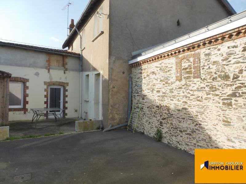Sale house / villa La chapelle du genet 93 000€ - Picture 1