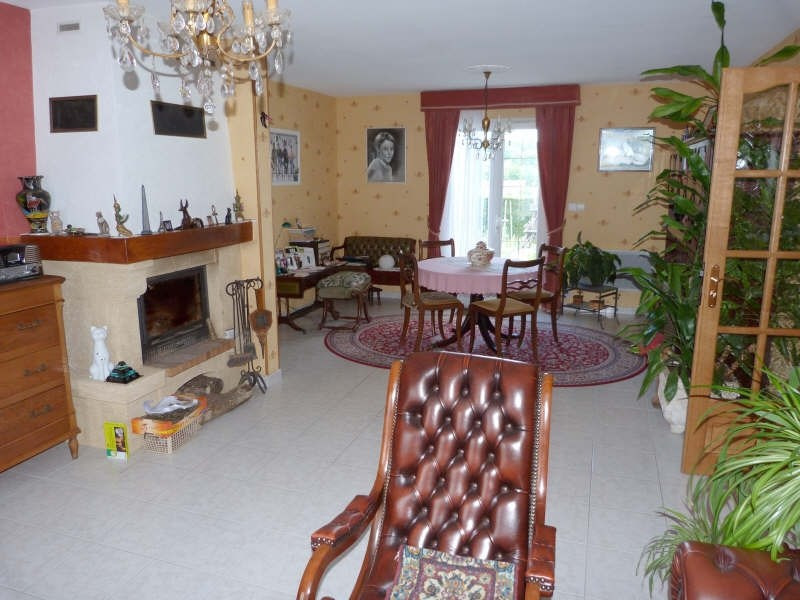 Sale house / villa Secteur chateau-renard 148500€ - Picture 3